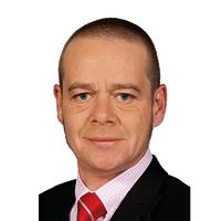 Adriano Mones (MBA 00)